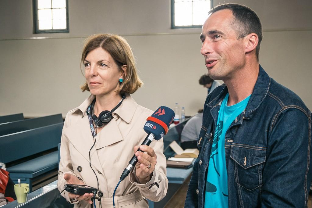 Interview für SWR Radiobeitrag. Foto: Josh v. Staudach