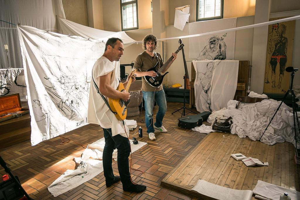 Thomas Putze und Josh von Staudach. Foto: Petra Dais